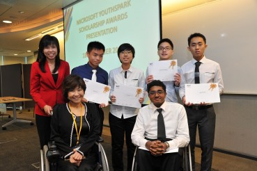 Five Students with Disabilities Awarded the Microsoft YouthSpark Scholarship